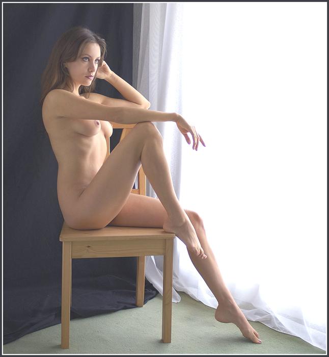 WOMAN 030813
