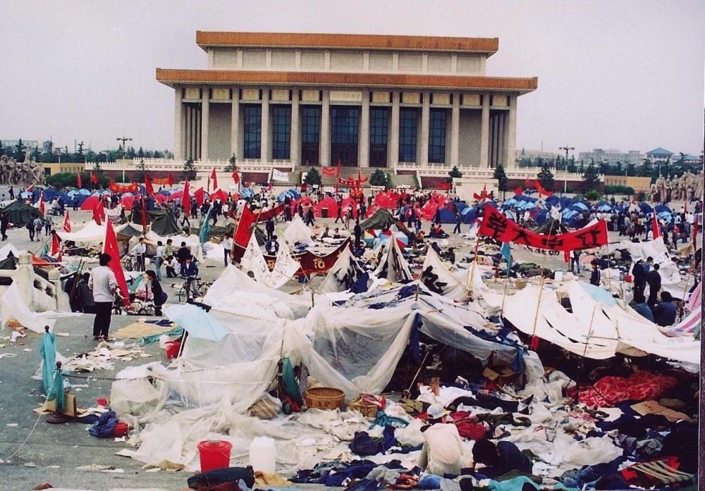 china-tiananmen-1989-01-040317